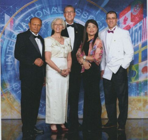Patron with Honors - Ram Jagdat, Inger Serup, Joe Gailunas, Tina Tsai, Louis Feldman 100.000
