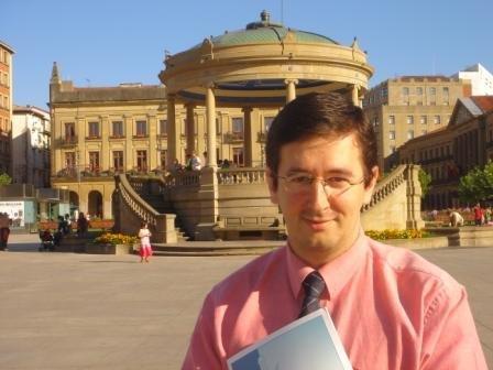 What_s going on 9 FB Ivan Arjona-Pelado