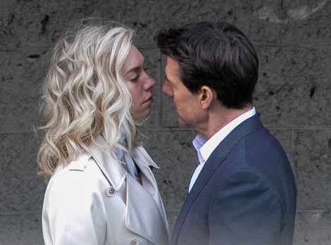 What's going on 11 Vanessa Kirby Tom Cruise E! Online